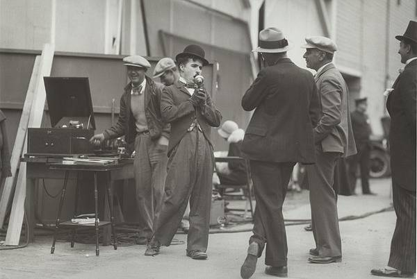 Charlie Chaplin on the set of City Lights